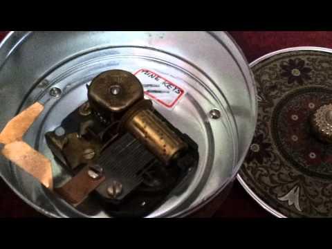 20121223 Music Box Repair   3/5