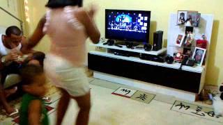 Elsina dançando Seu Jorge do Naldo na Veia By WagnerNaVeia