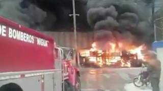 Video: Explota camión tanquero de combustibles en #TermoEnvase próximo a Refinería de Petroleo