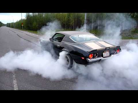 1971 Chevrolet  Camaro,  second gear burnout.