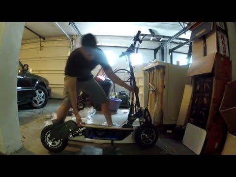 Super Lithium 1500 Brushless electric scooter 40 MPH Unboxing & installation day/night test ride