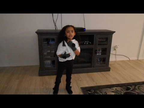 Michael Jackson Dirty Diana sung by 5 year old