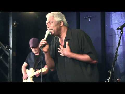 Terry Evans - Dark End of the Street - Live at McCabe's