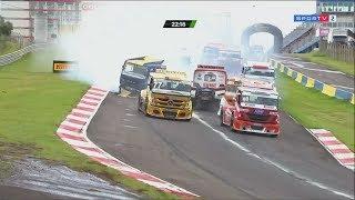 Copa Truck 2018. Race 2 Autódromo Zilmar Beux de Cascavel. Start Crash