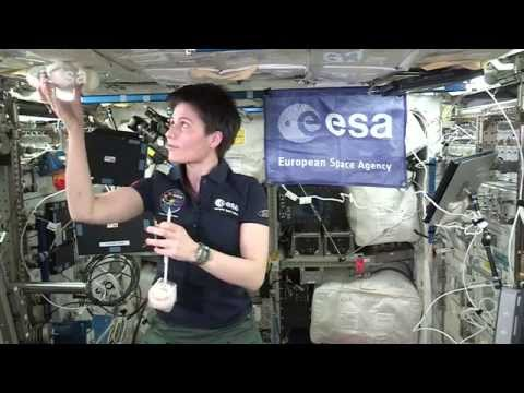 Barycentric balls in space - classroom demonstration video, VP07b