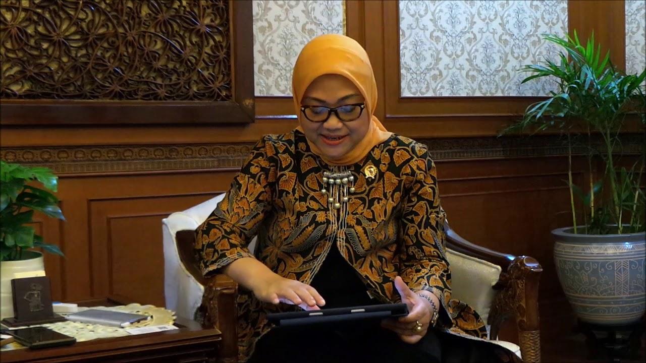 Menaker Ida Fauziah Bantah Upah Minimum Makin Kecil dalam ...