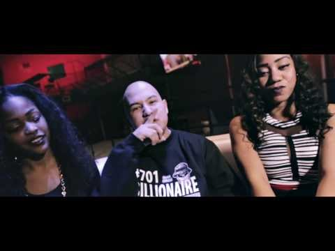 FAMOSOS PISTOLEROS - Microphone Killa (feat. Dallas Aztex, Soxi & Sky)