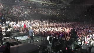 Bon Jovi-Living On A Prayer (Snippet) (Live: St. Paul, MN 3/27/17)