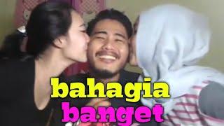 Video VIDEO ROMANTIS BIKIN JOMBLO GALAU | kompilasi video instagram ahmedkidding18 download MP3, 3GP, MP4, WEBM, AVI, FLV Mei 2018