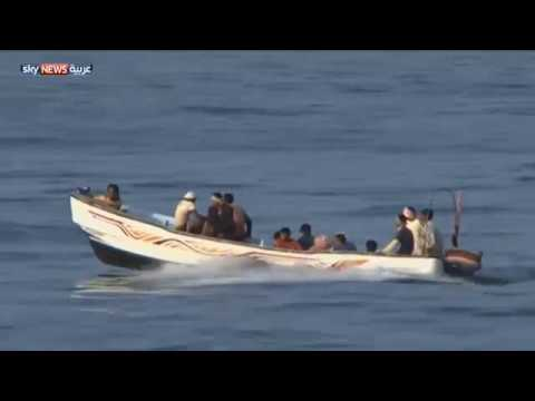 مطالبات بتغيير مسار الإغاثة إلى ميناء عدن  - 23:21-2017 / 4 / 27