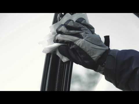 quick-fix:-prevent-your-car-doors-from-freezing-with-cooking-spray