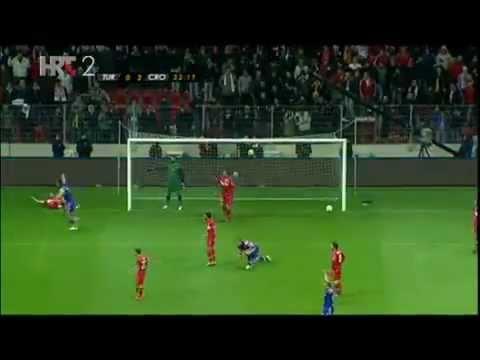 DRAGO ĆOSIĆ SVRŠIO OD UZBUĐENJA (Turska - Hrvatska 0-3) 11.11.2011