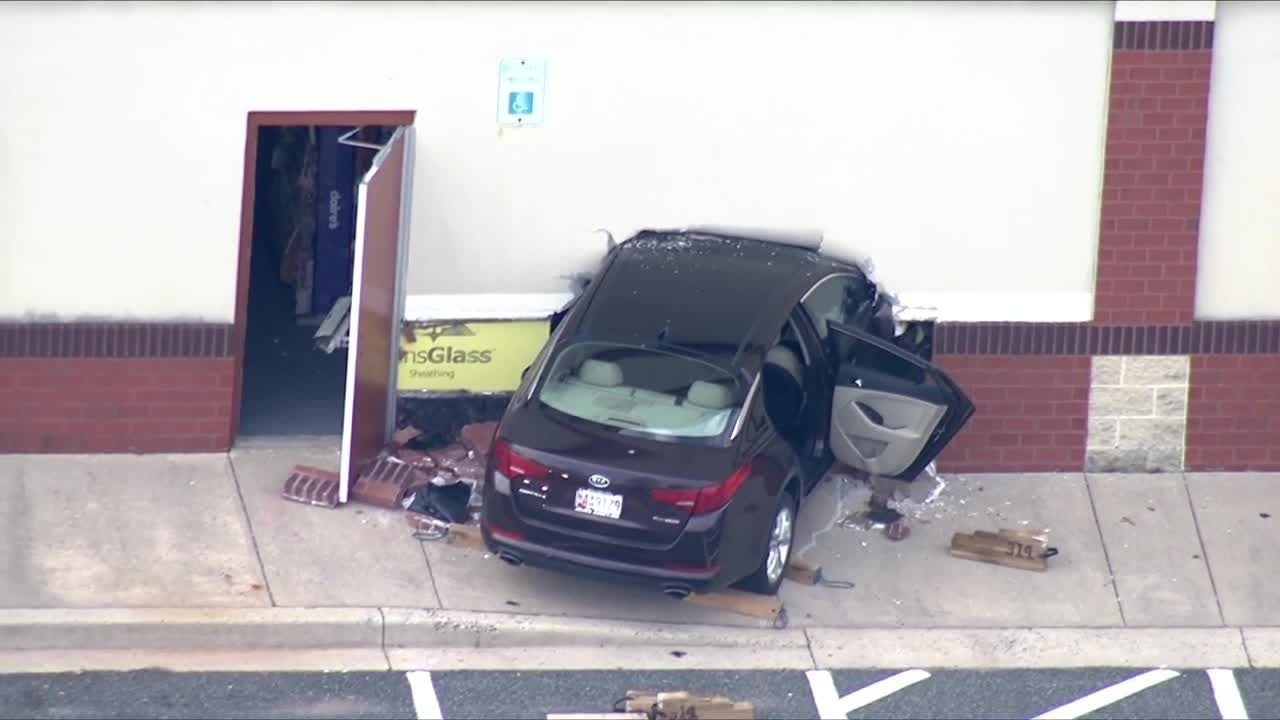 Car crashes into CVS store in Bel Air