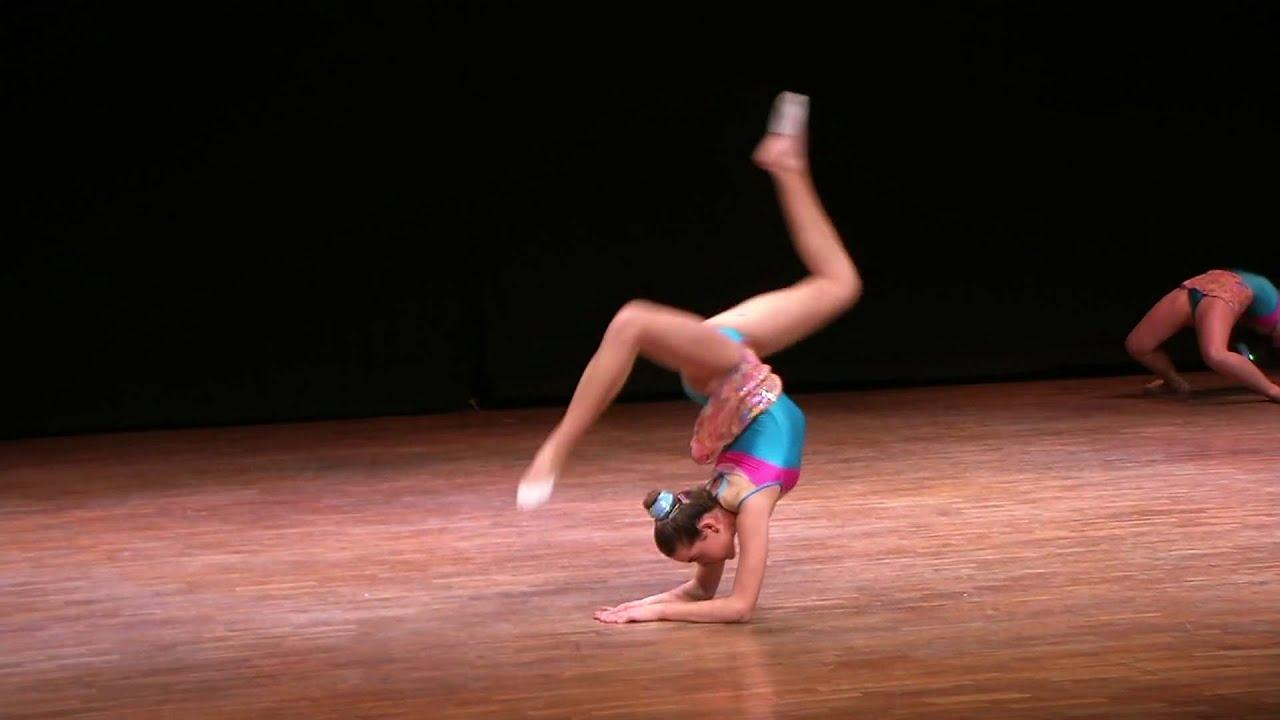 gimnasia ritmica nina: