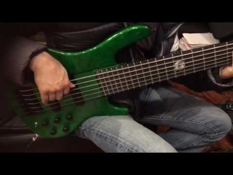 wolf 6 string bass high gloss green by all in one guitar youtube. Black Bedroom Furniture Sets. Home Design Ideas