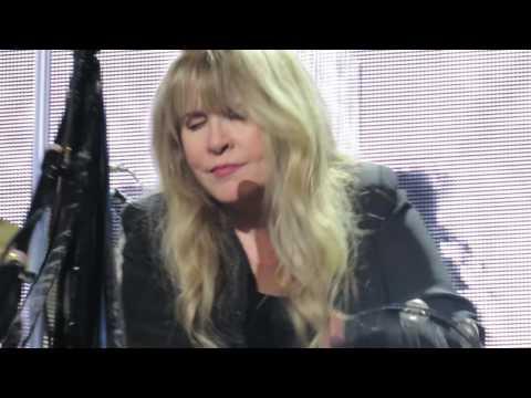 Stevie Nicks - Edge of Seventeen - Nassau Coliseum 4-6-2017