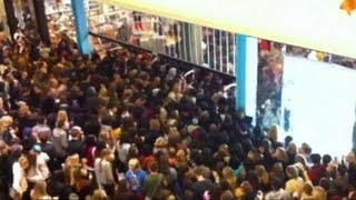Black Friday Sales on Thanksgiving Causes Employee Backlash