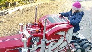 TruckModel Peterbilt 359 RC 1:4 And Gaia.....