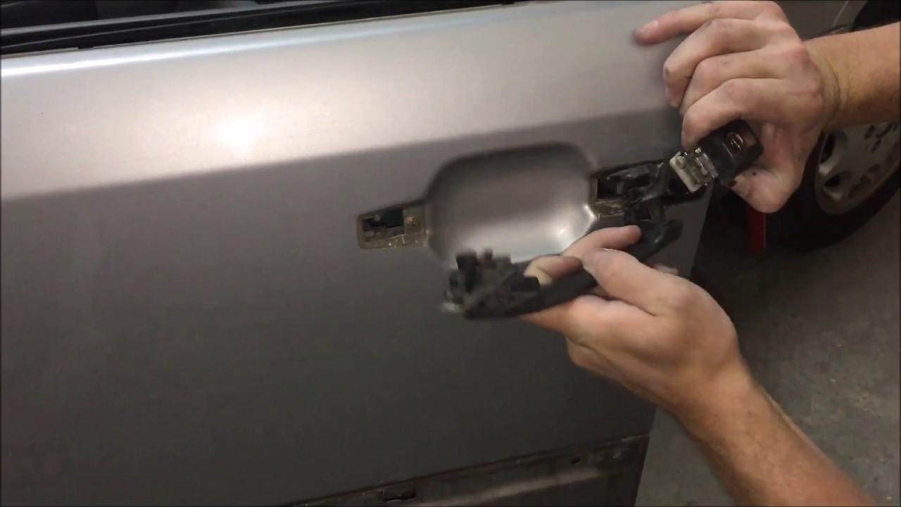 DIY: Mercedes w124 how to remove exterior front door handle - YouTube
