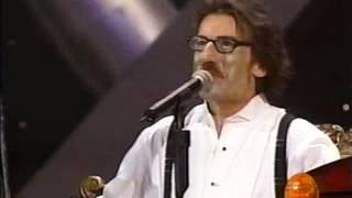 Charly García - Demoliendo Hoteles (DVD Festival de Viña 2003)