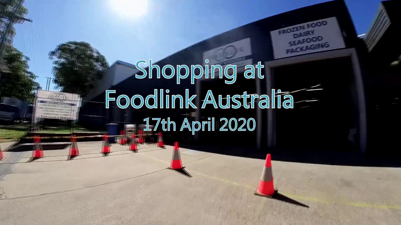 Shopping at a Food Distributor - Foodlink Australia