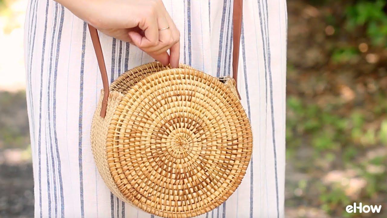 b8e3d11f34b5 DIY Round Straw Basket Bag - YouTube