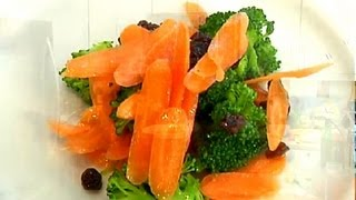 Broccoli Carrot Raisin Salad : Carrot Recipes