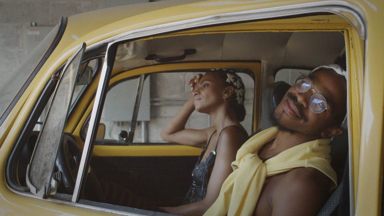 Download KAMAUU - MANGO (feat. Adeline) [Official Music Video]