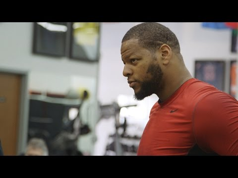 Ndamukong Suh Competes on Cleans | American Muscle