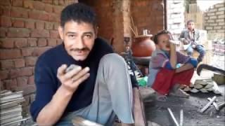 صور وفيديو| صناعة الأثاث من جريد النخيل..