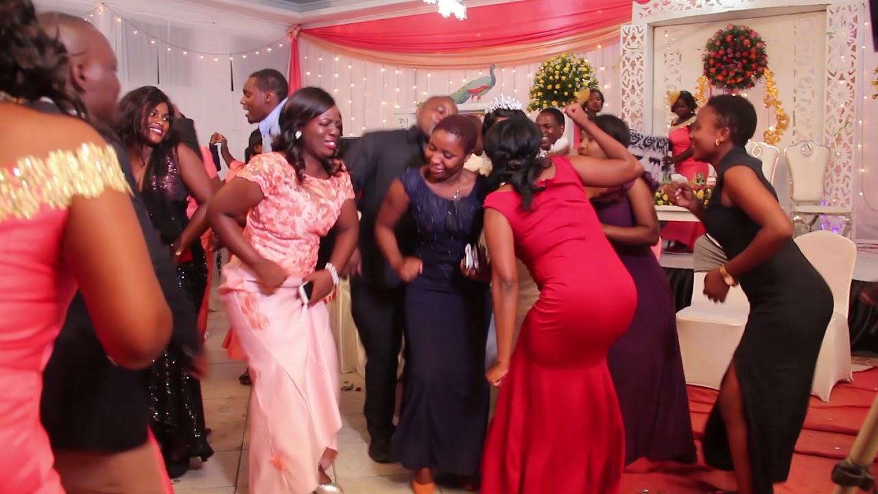 Download Wasafwa wakifanya yaoSimon na Trezia/by Mcmwanyonga
