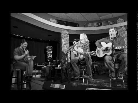 Black Stone Cherry - Like I Roll (acoustic, w/ interview)(720p)