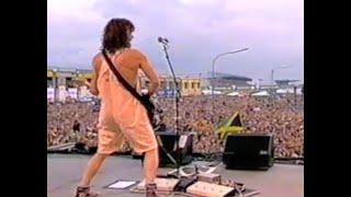 Van halen Jump live in Germany (98) with Gary Cherone