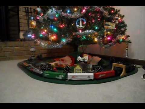 HO-scale model railroad train under christmas tree in Springfield ...