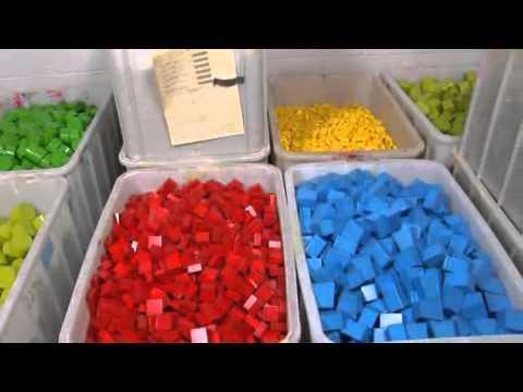 La fabrication des jouets en bois haba youtube - Fabricant lambrequin bois ...