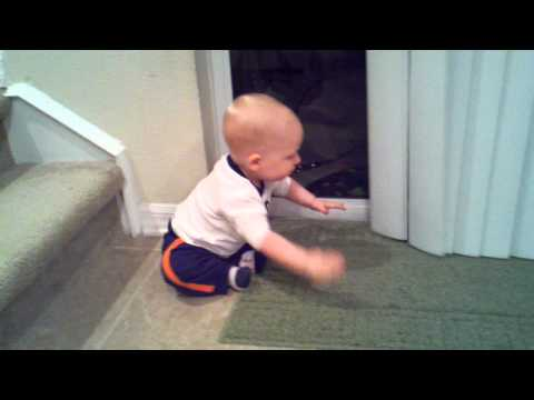 Jackson playing with the blinds