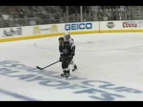 Duncan Keith's High Stick On Jeff Carter (June 4 2013)