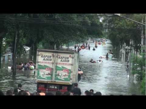 Video Banjir Pluit Jakarta Utara