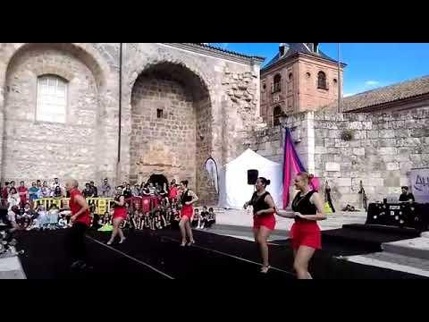 Primera coreografía  presentación en la plaza Cervantes Alcalá de Henares comunidad de Madrid