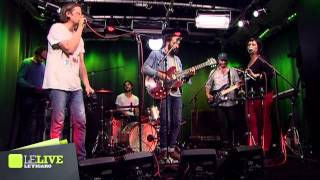 The Bewitched Hands - Let Me - Le Live