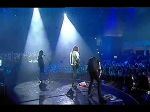 Wolfmother - Back Round Live at the MTV Australia Awards