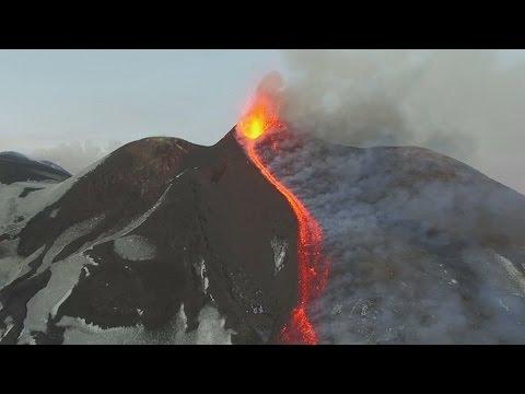 Современные технологии помогают изучать вулкан Этна (новости)