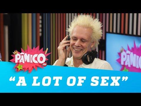 """Supla dá dica para manter a boa forma: """"a lot of sex"""""""