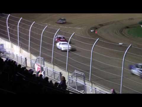 Lawrenceburg Speedway 4-1-17 Hornet Heat Race #3