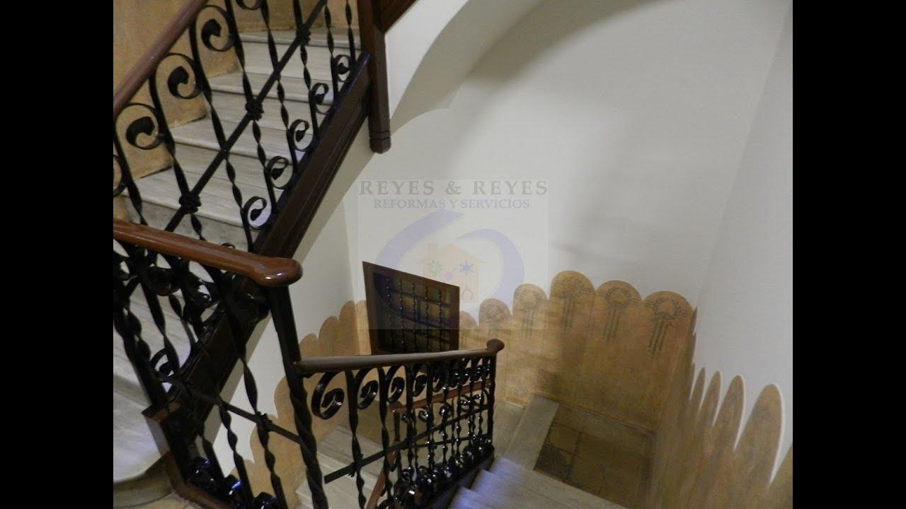 Pintado de escalera comunitaria en barcelona for Apliques para subida de escalera