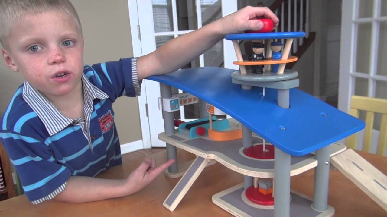 Plan Toys City Series Airport Review by Baby Gizmo - YouTube