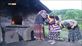 Mısır Helvası Yapımı - Çetrik Köyü / Şalpazarı / Trabzon - Derin Kökler - TRT Avaz