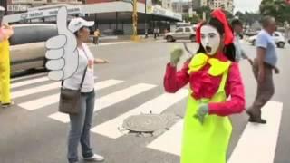 Кунсткамера: самые странные клипы недели