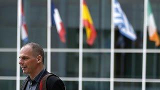 EU officials mull consequences of possible Greek default