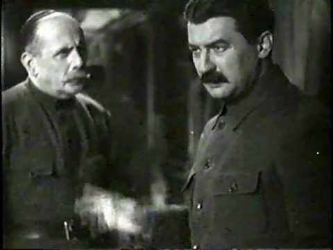 Pierwsza konna (1941) Pervaya konnaya - film nigdy nie wyświetlany w kinach